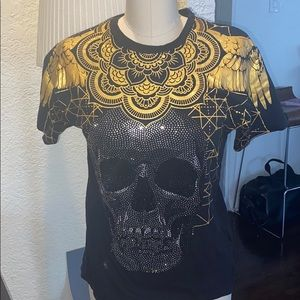 Men's graphic and studded tee